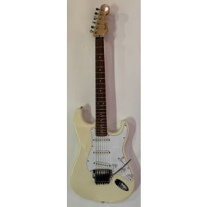 FENDER - Standard Stratocaster 1987 Japan VINTAGE USATA chitarra elettrica